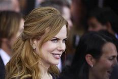 """<p>Nicole Kidman chega à pré-estreia do filme """"Rabbit Hole"""", em Nova York, em dezembro de 2010. A atriz e o marido Keith Urban anunciaram na segunda-feira que são pais de uma menina recém-nascida, concebida por barriga de aluguel. 02/12/2010 REUTERS/Lucas Jackson</p>"""