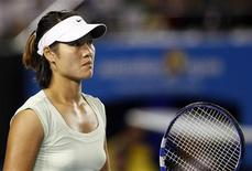 <p>Tenista chinesa Li Na foi derrotada pela belga Kim Clijsters na final do Aberto da Austrália. REUTERS/Daniel Munoz</p>