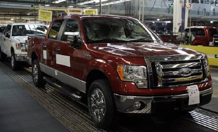 2009 Ford F 150 Pickup Trucks Sit On The Embly Line At Dearborn Truck Plant In Michigan October 30 2008 Reuters Rebecca Cook Files