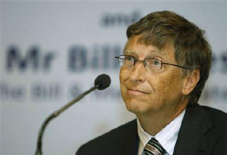 Microsoft Corp co-founder Bill Gates attends a news conference with the theme ''Maximizing India's capacity: Creating an ecosystem of innovation and research to address public health concerns'', on the occasion of World Tuberculosis Day in New Delhi March 24, 2011. REUTERS/B Mathur