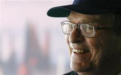"""<p>O diretor norte-americano Sidney Lumet, que dirigiu filmes como """"Um Dia de Cão"""", morreu aos 86 anos neste sábado, em Nova York, vítima de linfoma. Foto de Arquivo 08/09/2007 REUTERS/Vincent Kessler</p>"""