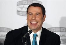 """<p>El actor John Travolta durante una conferencia de prensa para promocional el filme """"Gotti : Three Generations"""" en Nueva York, abr 12 2011. Travolta interpretará al famoso jefe del crimen organizado de Nueva York, el fallecido John Gotti, en una película que podría contar con la conflictiva actriz Lindsay Lohan, dijeron el martes sus productores. REUTERS/Brendan McDermid</p>"""
