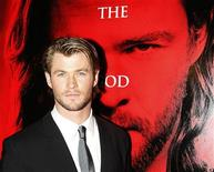 <p>Cast member Chris Hemsworth poses for photographers on the red carpet at the world premiere of the film 'Thor' in Sydney April 17, 2011. REUTERS/Daniel Munoz</p>