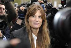 <p>Britain's Jemima Khan, former wife of Pakistani politician Imran Khan, leaves City of Westminster Magistrates Court in central London December 14, 2010. REUTERS/Paul Hackett</p>