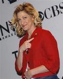 """<p>Foto de archivo de la actriz Edie Falco a su llegada a la entrega de los premios Tony en nueva York, mayo 4 2011. La cadena Showtime aprobó una cuarta temporada de su serie """"Nurse Jackie"""". REUTERS/Mike Segar</p>"""