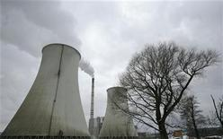 <p>Cooling towers of Czech coal-fired power plant Prunerov II are seen in Prunerov, near the northern Czech town of Chomutov, January 18, 2010. The Federated States of Micronesia -- a chain of more than 600 islands dotting the west Pacific -- is objecting to plans to renovate the lignite-fired power station in Prunerov in the Czech Republic, saying the plant's carbon emissions are a direct threat to the nation's future. Lignite is brown coal, the most polluting and least efficient type, and Micronesia says the Prunerov plant is one of the world's biggest single industrial sources of planet-warming carbon dioxide, the main greenhouse gas. To match interview CLIMATE-CZECH/MICRONESIA REUTERS/David W Cerny</p>