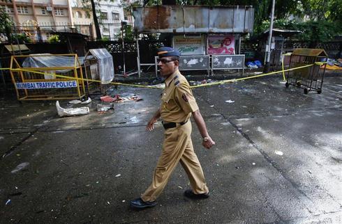 Blasts rock Mumbai