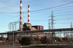 <p>Detroit Edison's Trenton Channel Power Plant is seen in Trenton, Michigan April 8, 2009. REUTERS/Rebecca Cook</p>