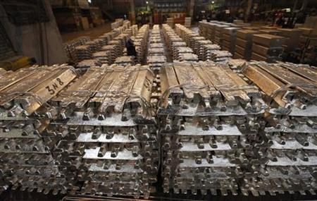 Goldman's new money machine: warehouses - Reuters