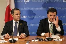<p>Canada's Finance Minister Jim Flaherty (R) and Bank of Canada Governor Mark Carney hold a joint news conference following G7 Finance Ministers meeting in Washington April 24, 2009. REUTERS/Yuri Gripas</p>