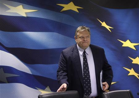 Greece's Finance Minister Evangelos Venizelos arrives for a news conference in Athens September 2, 2011. REUTERS/John Kolesidis