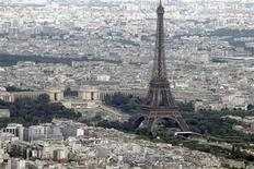 <p>An aerial view of the Eiffel Tower in Paris on Bastille Day July 14, 2011. REUTERS/Charles Platiau</p>