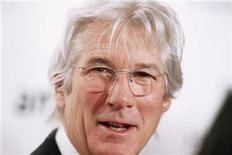 <p>Richard Gere arrives to attend the amfAR New York Gala which begins Fall 2011 Fashion Week in New York February 9, 2011. REUTERS/Lucas Jackson</p>
