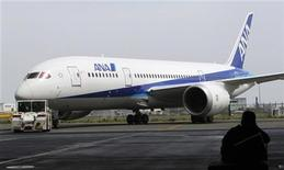 <p>A Boeing 787 Dreamliner aircraft for All Nippon Airways (ANA) is seen at a media briefing event at Haneda airport in Tokyo, July 4, 2011. REUTERS/Toru Hanai</p>