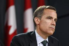 <p>Bank of Canada Governor Mark Carney listens to a question during a news conference upon the release of the Monetary Policy Report in Ottawa July 20, 2011. REUTERS/Chris Wattie</p>