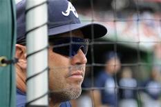 <p>Atlanta Braves manager Fredi Gonzalez watches his team lose to the Washington Nationals during the ninth inning of their MLB National League baseball game in Washington, September 25, 2011. REUTERS/Jonathan Ernst</p>