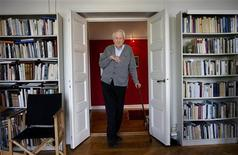 <p>Swedish poet Tomas Transtroemer is pictured at his home in Stockholm, in this file photo taken March 31, 2011. REUTERS/Jessica Gow/Scanpix/Files</p>