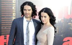 """<p>Russell Brand (L) and Katy Perry arrive for the European premiere of the film """"Arthur"""" in London April 19, 2011. REUTERS/Paul Hackett</p>"""