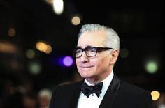 """<p>Imagen de archivo del cineasta Martin Scorsese durante el estreno de su cinta """"Hugo"""" en Londres, nov 28 2011. El cineasta Martin Scorsese será honrado con un lugar en la Academia británica de las Artes de Cine y Televisión (BAFTA) en la ceremonia anual de la organización que tendrá lugar el 12 de febrero. REUTERS/Olivia Harris</p>"""