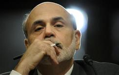 <p>U.S. Federal Reserve Chairman Ben Bernanke gives testimony at a Joint Economic Committee hearing on the economic outlook, on Capitol Hill in Washington October 4, 2011. REUTERS/Jonathan Ernst</p>