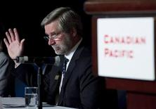 <p>Fred Green president and chief executive of Canadian Pacific Railway votes during the companies annual general meeting in Calgary, Alberta in this May 21, 2010 file photo. REUTERS/Todd Korol</p>