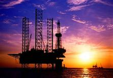 <p>An oil rig in China's Bohai Sea in a file photo. REUTERS/China Newsphoto/Files</p>