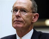 <p>Robert Stevens, directeur général de Lockheed Martin. Le numéro un mondial de la défense a relevé ses prévisions annuelles à la suite de résultats trimestriels meilleurs que prévu. /Photo prise le 18 juillet 2012/REUTERS/Jason Reed</p>