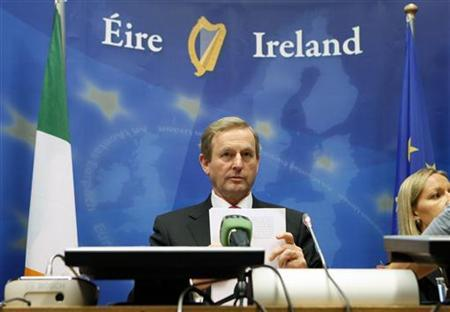 Ireland's Prime Minister Enda Kenny addresses a news conference after an European Union leaders summit in Brussels June 29, 2012. REUTERS/Sebastien Pirlet