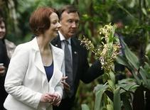 <p>رئيسة الوزراء الاسترالية جوليا جيلارد في سنغافورة يوم 23 ابريل نيسان 2012 - رويترز</p>