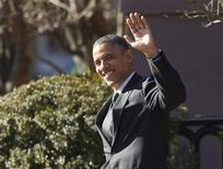 """<p>Barack Obama et le président républicain de la Chambre des représentants, John Boehner, ont eu jeudi une réunion """"franche"""" mais ne sont pas parvenus à s'entendre sur les moyens de contourner le mur budgétaire qui menace l'économie américaine. /Photo prise le 13 décembre 2012/REUTERS/Jason Reed</p>"""
