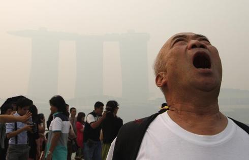 Haze blankets Singapore