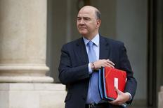 Pierre Moscovici a déclaré que le gouvernement entendait introduire de la concurrence pour le renouvellement des dirigeants d'entreprises publiques, à l'orée du renouvellement des présidents d'EDF, Orange ou ADP - nommés par le précédent gouvernement. /Photo prise le 19 février 2014/REUTERS/Benoît Tessier