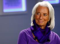 Selon la directrice générale du FMI, Christine Lagarde, la Banque centrale européenne (BCE) doit assouplir encore sa politique monétaire pour combattre le risque d'une inflation faible susceptible d'affecter la production et les dépenses de consommation de la zone euro. /Photo prise le 23 janvier 2014/REUTERS/Ruben Sprich