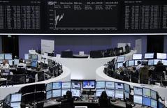 Les principales bourses européennes ont ouvert mercredi en timide hausse après deux séances de baisse due notamment à des prises de bénéfice. Vers 9h35, le CAC 40 prenait 0,25% à Paris, le Dax progressait légèrement de 0,13% à Francfort tandis que le FTSE gagnait 0,42% à Londres. /Photo prise le 9 avril 2014/REUTERS/Remote