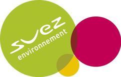 Suez Environnement a publié jeudi un résultat brut d'exploitation en croissance organique de 3,2% au titre du premier trimestre 2014, marqué notamment par une amélioration de son activité dans les déchets en Europe, et a confirmé ses perspectives. /Photo d'archives/REUTERS/Vincent Kessler