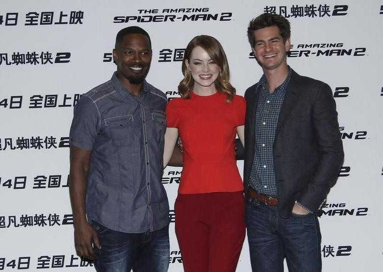 Cast members (L-R) Jamie Foxx, Emma Stone and Andrew Garfield attend a promotional tour of ''The Amazing Spider-Man 2'' in Beijing, March 25, 2014.  REUTERS/ Stringer