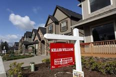 Unas viviendas a la venta en la zona noroeste de Portland, EEUU, mar 20 2014. La solicitudes de crédito hipotecario en Estados Unidos cayeron la semana pasada debido a un declive en las compras y las aplicaciones de refinanciamiento, dijo el miércoles un grupo de la industria.   REUTERS/Steve Dipaola