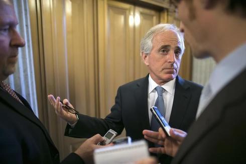 U.S. senators set new bid to overhaul pricey food aid rules