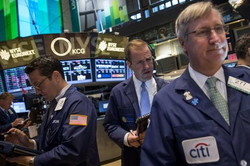 Dow, S&P close at new records; payrolls in focus