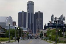 General Motors World Headquarters is seen in downtown Detroit June 10, 2014.  REUTERS/Rebecca Cook