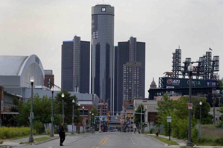 General Motors World Headquarters is seen in downtown Detroit June 10, 2014.  REUTERS/Rebecca Cook