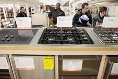 Shoppers look at appliances at a Home Depot store in New York in this December 23, 2009 file photo. REUTERS/Lucas Jackson/Files