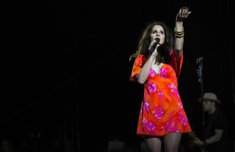 Singer Lana Del Rey performs at the Coachella Valley Music and Arts Festival in Indio, California April 13, 2014. REUTERS/Mario Anzuoni/Files
