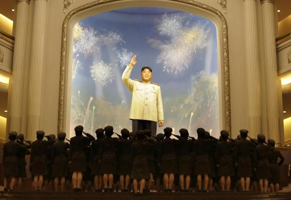 North Korean female soldiers salute a figure of North Korea founder Kim Il-sung during the opening ceremony of the Victorious Fatherland Liberation War Museum, in Pyongyang, July 27, 2013. REUTERS-Jason Lee