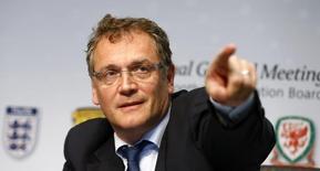 El secretario general de la FIFA, Jerome Valcke, gesticula en una conferencia de prensa luego de una reunión de IFAB en Zurich, 1 de marzo de 2014.  El Mundial de Brasil puede haber tenido varios problemas de organización, pero el torneo es de los mejores de la historia por la calidad de los partidos, dijo el secretario general de la FIFA, Jerome Valcke. Reuters/Arnd Wiegmann