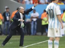 Técnico da Argentina, Alejandro Sabella, durante partida contra a Bélgica em Brasília. 05/07/2014. REUTERS/Ueslei Marcelino