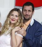 """Drew Barrymore e Adam Sandler na premiére de """"Juntos e Misturados"""" em Hollywood. 21/05/2014 REUTERS/Lucy Nicholson"""
