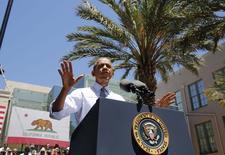 """El presidente de Estados Unidos, Barack Obama, habla sobre la economía durante una visita al Los Angeles Trade Technical College en California. 24 julio, 2014. El presidente de Estados Unidos, Barack Obama, dijo el jueves que la Reserva Federal estaba """"debidamente centrada"""" en el desempleo dado el ritmo relativamente moderado de la inflación doméstica, brindando un amplio apoyo a las políticas de su jefa, Janet Yellen. REUTERS/Larry Downing"""