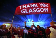 Canadian athletes wave during the closing ceremony of the 2014 commonwealth games at Hampden Park in Glasgow, Scotland August 3, 2014.        REUTERS/Jim Young