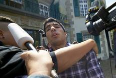 Atacante uruguaio Luis Suárez após audiência na CAS em Lausanne, Suíça. 8/8/2014  REUTERS/Denis Balibouse